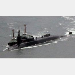 釜山に入港した米原潜ミシガン(C)ロイター