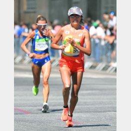 リオ五輪女子マラソンは気温19度でスタート(写真は福士加代子)/(C)共同通信社