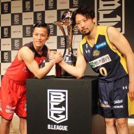 チャンピオンシップに向けて意気込む千葉の富樫(左)と栃木の田臥