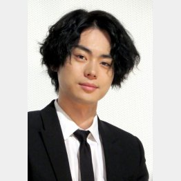 キムタクとは20歳差(C)日刊ゲンダイ