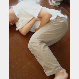 七転八倒の痛み…(C)日刊ゲンダイ
