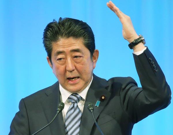 唐突に「改憲宣言」(C)日刊ゲンダイ