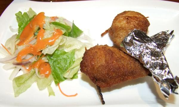 納豆とレンコン入りの手羽先(提供写真)