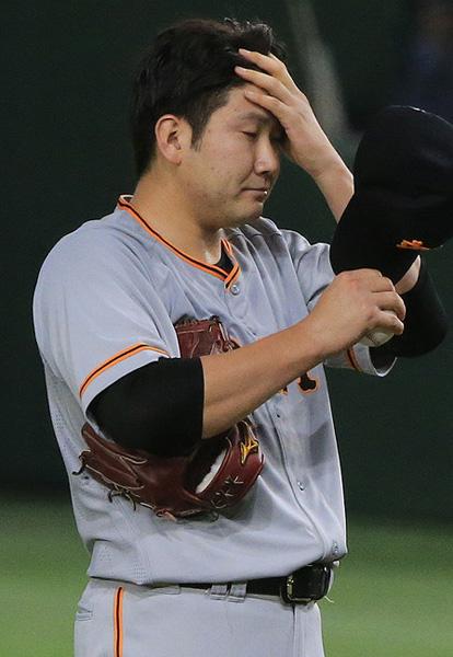 菅野は楽天打線の餌食に…(C)日刊ゲンダイ