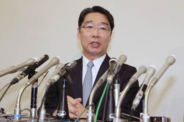 攻撃される前川前次官(C)日刊ゲンダイ