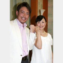 皆川健太郎氏と上村愛子氏(C)日刊ゲンダイ
