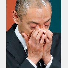 市川海老蔵さんは小林麻央さんを亡くした(C)日刊ゲンダイ