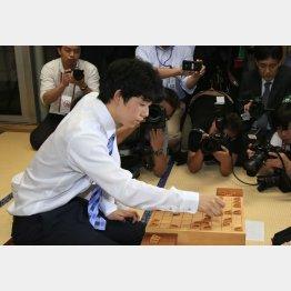29連勝を達成した藤井聡太四段(C)日刊ゲンダイ