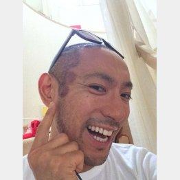 ブログ記事「血抜きあと顔面編」での笑顔(市川海老蔵のブログから)