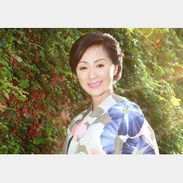 長山洋子の「捨てられて」は大ヒットしたが…/(C)日刊ゲンダイ
