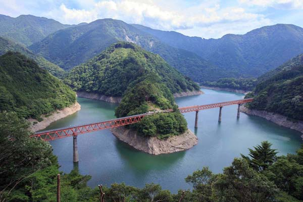 奥大井湖上駅(提供写真)