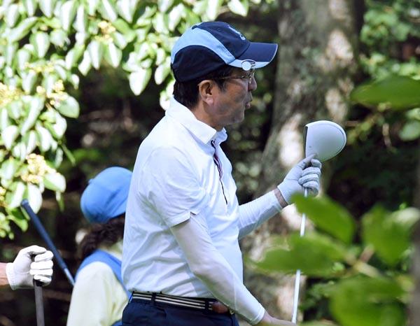 高橋氏は安倍首相と加計理事長の「お友達」/(C)日刊ゲンダイ