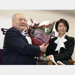 加藤一二三・九段と清水市代女流六段(C)日刊ゲンダイ