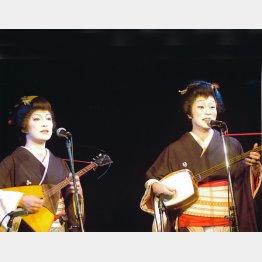 桂あやめさん(左)と林家染雀さん/(提供写真)