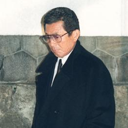 三輪田編成部長の自宅で遺体と対面した仰木監督
