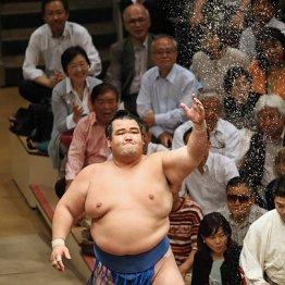 悲願の初優勝から大関陥落…琴奨菊が自ら選んだ相撲道