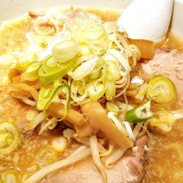 大慶の豚骨醤油ラーメン