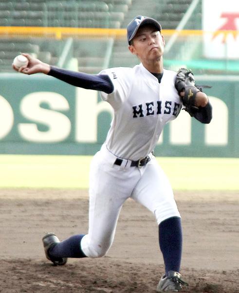 甲子園練習に臨むエースの久保田(C)日刊ゲンダイ