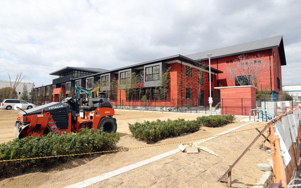 森友学園の補助金詐欺は校舎の設計、建設会社も関与(C)日刊ゲンダイ
