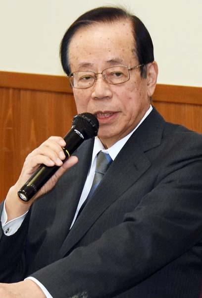 安倍政権を酷評した福田元首相(C)日刊ゲンダイ