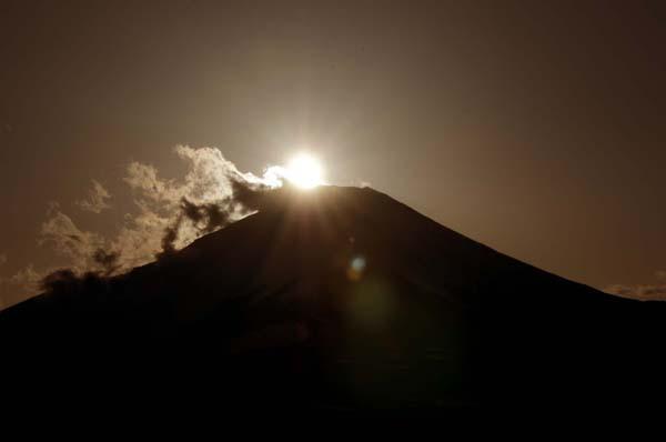 「山の日」の富士山は大混雑(C)日刊ゲンダイ