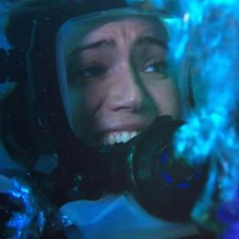 「海底47m」(原題「47 METERS DOWN」)