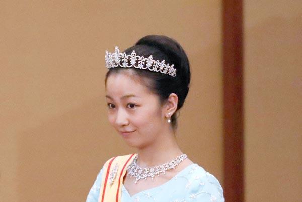 佳子さまは写真集も 皇室の肖像権はどうなっているのか 日刊