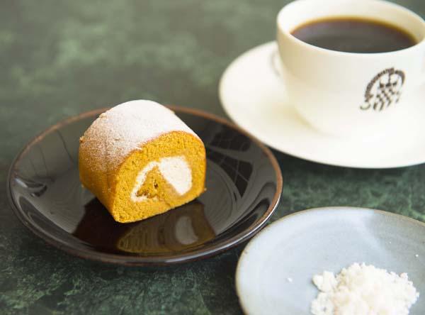 有馬温泉ロールケーキは1カット290円(C)日刊ゲンダイ
