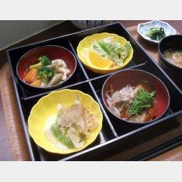 地元野菜で構成された和風のA定食(C)日刊ゲンダイ