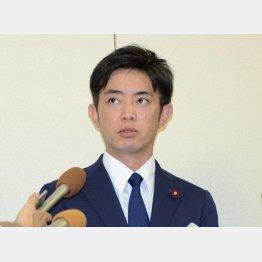 神戸市議を辞職した橋本健氏(C)共同通信社