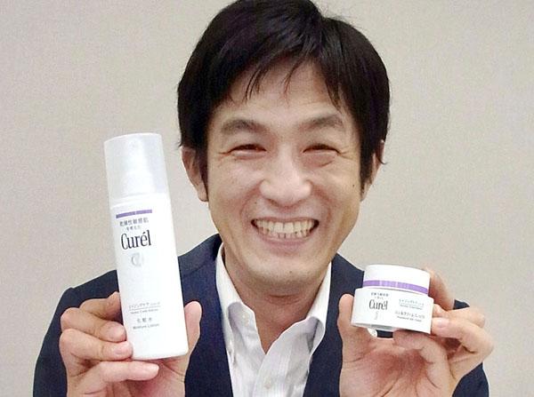 スキンケア事業グループの篠原正和氏(C)日刊ゲンダイ
