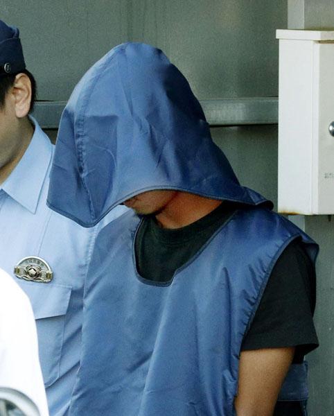 送検のため茨城県警牛久署を出るランパノ・ジェリコ・モリ容疑者(C)共同通信社