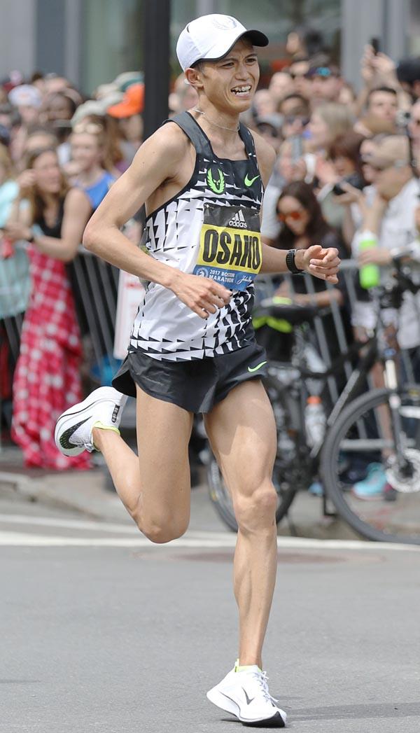 初マラソンのボストンで3位に入った(C)共同通信社