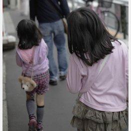 複数人でも安心はできない(写真はイメージ)/(C)日刊ゲンダイ