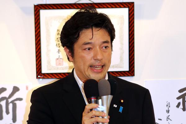 4区の中山泰秀自民党副幹事長(C)日刊ゲンダイ