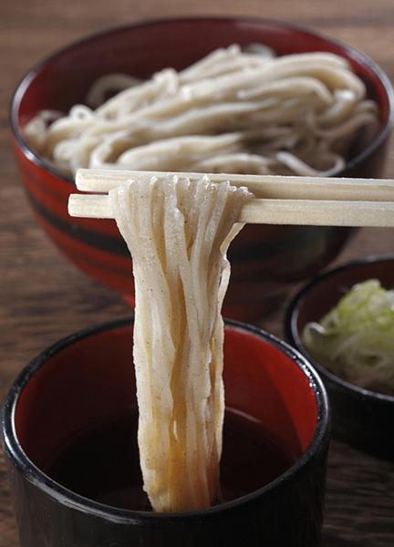 喜多方市宮古地区の香り高い宮古そば(提供写真)