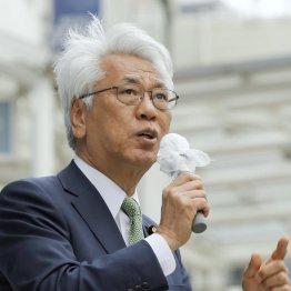 2016年参院選挙で街頭演説する小川敏夫参院議員会長