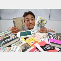 読んだ本は捨てるか、人にあげるか(C)日刊ゲンダイ