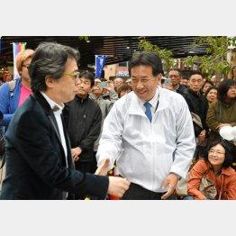 保守論客の小林よしのり氏(左)も支援(C)日刊ゲンダイ