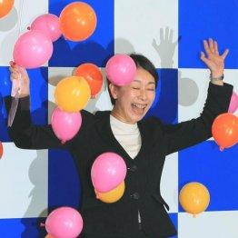 830票で疑惑に打ち勝つ 山尾志桜里氏はドブ板選挙が奏功