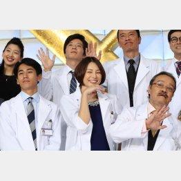 おなじみのメンバー(C)日刊ゲンダイ