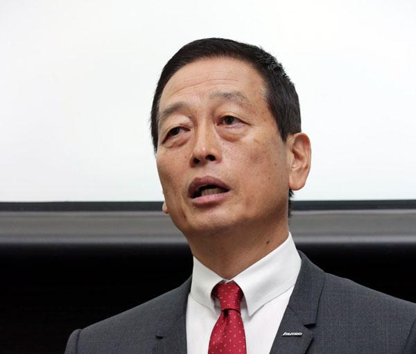 魚谷社長はマーケティングのプロ(C)日刊ゲンダイ