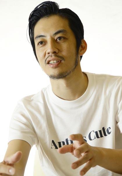 「今の僕は芸人であり絵本作家」/(C)日刊ゲンダイ