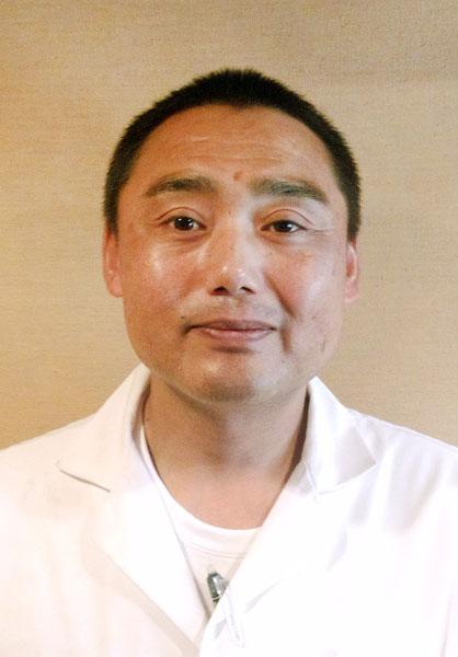 まるよしの吉川輝彦さん(C)日刊ゲンダイ