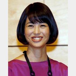 意外と高身長の夏目アナ(C)日刊ゲンダイ