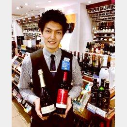 西武池袋本店地下ワイン売り場の大村隆介さん(C)日刊ゲンダイ