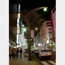 ススキノで乗車(C)日刊ゲンダイ