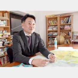 著書で日本の歪んだ現実を指摘した矢部宏治氏/(C)日刊ゲンダイ
