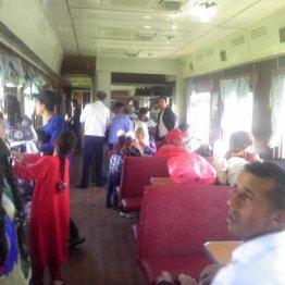 中央アジア3カ国のビュフェ車両の食事は超リーズナブル