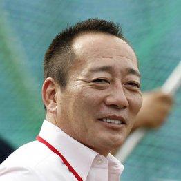 プロ野球横浜の名物OBが経営接客するガールズバーの評判